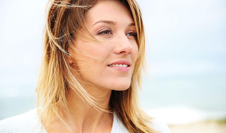 Težave v menopavzi in hormonsko neravnovesje